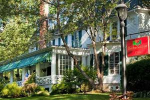 pet friendly hotels in the berkshires